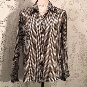 📌Sheer Houndstooth Printed Blouse